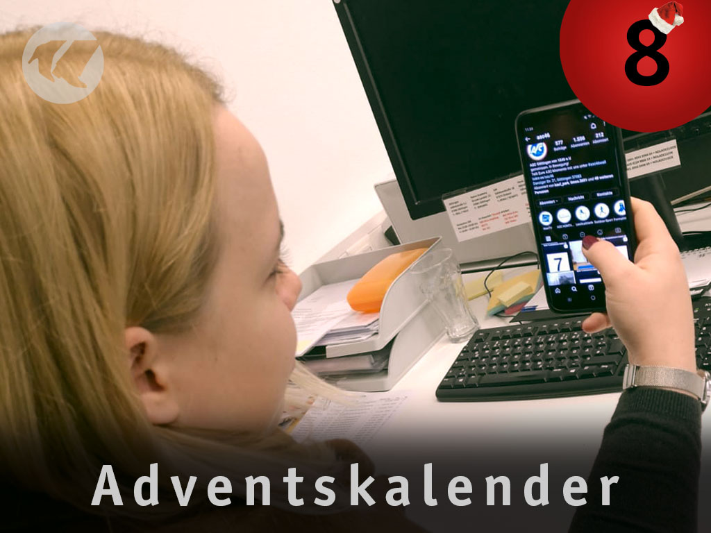8. Advent: Mia am Handy
